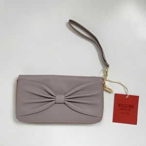 Bow-Front Wristlet/Wallet